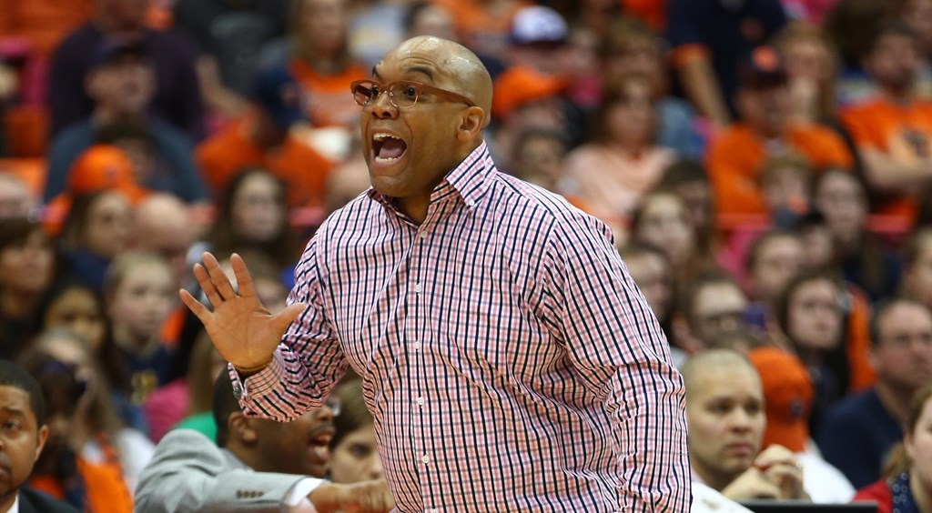 Syracuse Extends Contract For Women S Basketball Head Coach Quentin