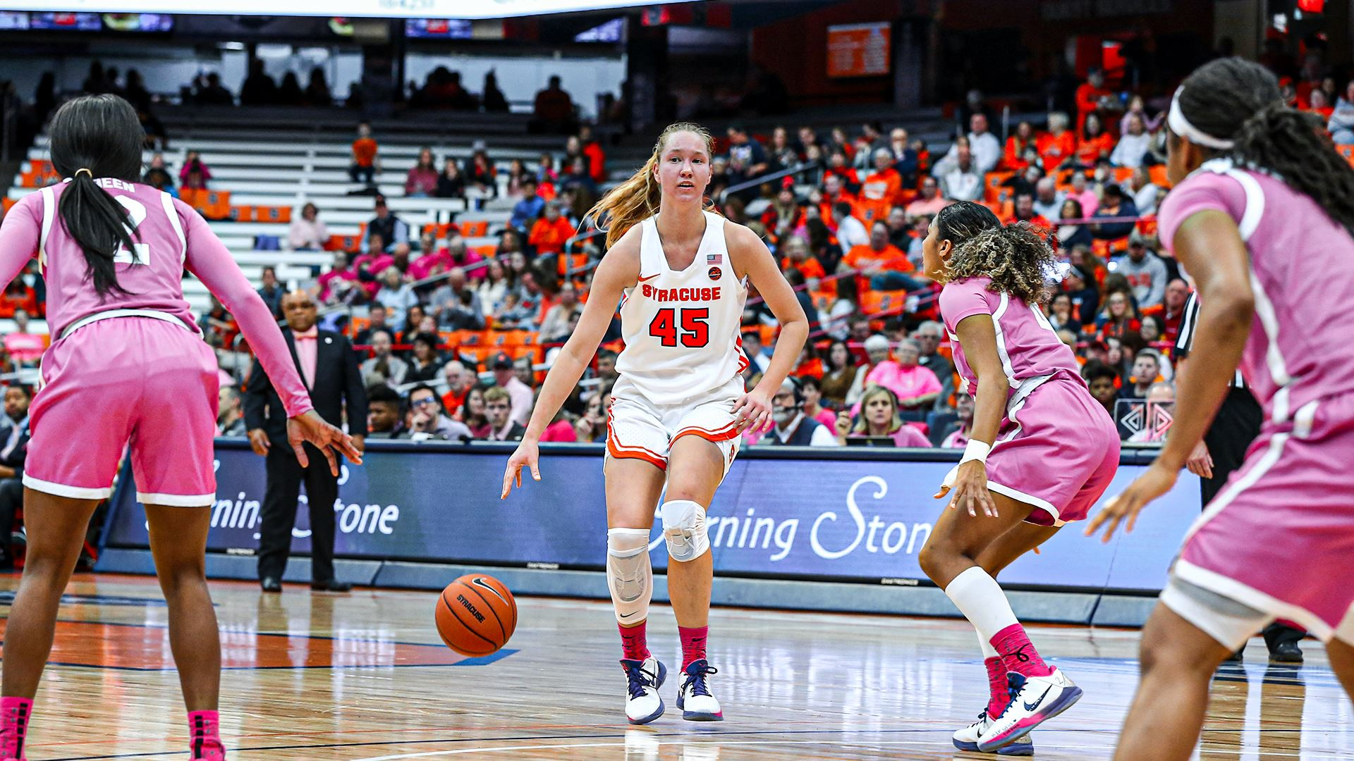 Syracuse women roll past Pittsburgh, 71-53